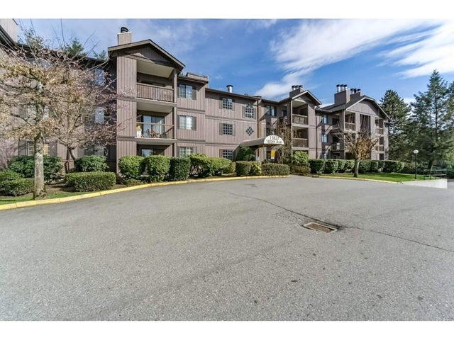 3104 13827 100 AVENUE - Whalley Apartment/Condo for sale, 2 Bedrooms (R2244362) #1